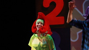 Face-2-Face-Sing-and-Play-teatro-en-ingles-4